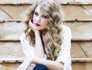 Sau Rihanna, Taylor Swift là nữ nghệ sĩ thứ hai trên thế giới lập được kỷ lục này