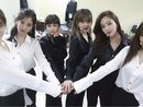 Mạng xã hội ngập tràn biểu tượng hoa hướng dương, mừng kỷ niệm 8 năm T-ara debut