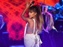 Ariana Grande làm mất lòng fan Hàn và những tranh cãi không ngừng về tính chuyên nghiệp
