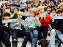 Boygroup thứ 3 của Produce 101 gây náo loạn đường phố với sự kiện pre-debut