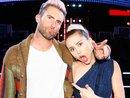 Ngồi yên cũng bị chọc ghẹo, bảo sao Miley Cyrus không đanh đá với team 'lầy lội' của Blake - Adam