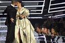 NÓNG: Rihanna chính thức hẹn hò với Drake