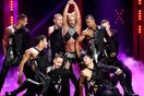 """Fan muốn """"nổi điên"""" với 23 phút lip sync ảo diệu của Britney Spears"""