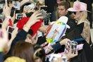 Lady Gaga khoe trọn lưng trần kèm hình xăm ấn tượng