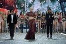 Lady Gaga từ AMA đến Victoria's Secret FS 2016: Mông lung như một trò đùa!