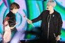 """Những khoảnh khắc """"tình trong như đã ... mặt ngoài còn e"""" của cặp đôi đáng yêu từ EXO"""