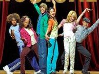 """Điểm lại chặng đường 10 năm của """"High School Musical"""" với OST đình đám"""