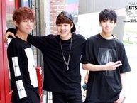 """Nghìn lẻ một kiểu trêu chọc các anh của dàn """"út vàng"""" maknae line quý hóa nhà BTS"""