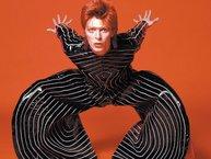 Laday Gaga người đại diện Thế hệ Thiên Niên Kỷ kế thừa David Bowie