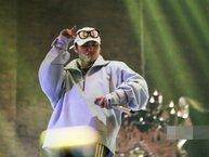 """Sơn Tùng lần đầu tiên mang bản remix """"Lạc Trôi"""" lên sân khấu"""