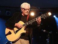 """""""Bố già"""" của làng nhạc Jazz Larry Coryell vừa qua đời"""