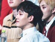 """Ơn giời, sau tất cả Chen (EXO) đã được stylist """"có tâm"""" cho để kiểu tóc nam thần này rồi"""