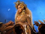 Mang bầu song thai, Beyoncé xin rút lui khỏi Coachella 2017