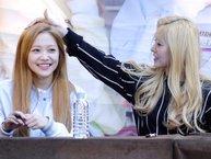 """Không thể ngừng yêu với Irene (Red Velvet) và câu chuyện """"khi nữ thần làm mẹ"""""""
