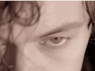 """Harry Style """"nhá hàng"""" ca khúc solo khiến fan náo loạn"""