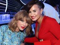 """Taylor Swift bị Demi Lovato """"đá"""" khỏi danh sách 100 người ảnh hưởng nhất thế giới, chuyện gì đang xảy ra?"""