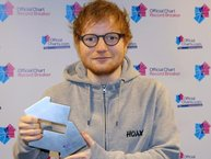 Ed Sheeran sắp cân bằng kỷ lục tồn tại suốt 64 năm trên BXH Anh