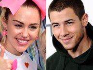 Nick Jonas bất ngờ chia sẻ dòng trạng thái ẩn ý về tình cũ Miley Cyrus