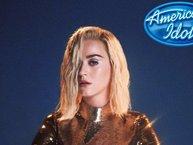 """Chính thức: Katy Perry ký hợp đồng """"khủng"""", làm giám khảo """"American Idol"""" mùa 16"""
