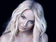 Ở tuổi nào đi nữa, khi yêu Britney Spears cũng đều bản năng!