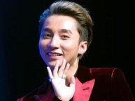 """Sơn Tùng M-TP """"song kiếm hợp bích"""" cùng nhóm nhạc Hàn quẩy tung sân khấu V Live Summer Fest"""