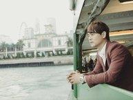"""MV """"dốc tiền túi"""" của Ưng Đại Vệ khiến fan bất ngờ vì nam ca sĩ… quá đơ"""