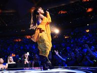 Ariana Grande mời 5 nghệ sĩ nổi tiếng cho concert tưởng niệm tại Manchester
