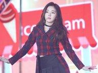 """Thú vị khoảnh khắc Irene (Red Velvet) """"không cảm xúc"""" trước trai đẹp nhà EXO"""