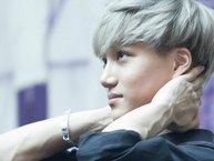"""Những sao Hàn sở hữu đôi tay gân guốc khiến fangirl """"thích mê"""""""
