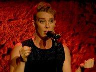 Ca sĩ nước Pháp Barbara Weldens ra đi ngay tại sân khấu