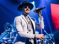Những tình tiết gây sốc bên lề cái chết của Chester Bennington (nhóm Linkin Park)