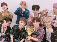 """Show Champion 26/7: EXO giành chiến thắng đầu tiên cho """"Ko Ko Bop"""""""