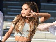 Ariana Grande bị nữ diễn viên Hàn Quốc chê trách, xóa toàn bộ nhạc đã mua trên iTunes