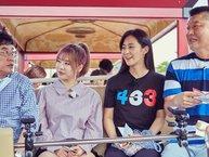 Yuri và Sunny đồng loạt bối rối trên sóng truyền hình khi được hỏi liệu SNSD có tồn tại mãi mãi không
