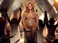 Ngay cả bánh kem sinh nhật cũng chứng tỏ vị thế nữ hoàng của Beyoncé