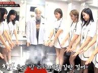 Ấm lòng với khoảnh khắc TWICE chúc chàng trainee 7 năm debut thành công trong boygroup mới của JYP