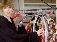 Taylor Swift khoe cả 'núi' trang phục trong video hậu trường MV 'Look What You Made Me Do'