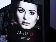 Kiếm tiền 'khủng' cỡ này, bảo sao Adele chẳng cần lăn tăn về chuyện đi show
