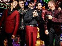 Backstreet Boys tái xuất Billboard Hot 100 sau 10 năm vắng bóng