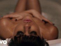 13 MV siêu nổi tiếng được quay trong phòng tắm