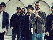 Linkin Park hủy tour lưu diễn Bắc Mỹ sau cái chết của Chester Bennington