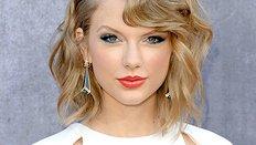 Nhận dạng người yêu nổi tiếng của Taylor Swift ?