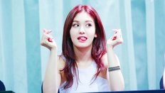 """Bạn có đang yêu thích """"Bông Hồng Lai"""" Jeon Somi?"""