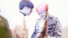 Bạn có phải fan cứng của cặp đôi Jungkook - Jimin?