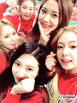 Netizen phấn khích khi hay tin Red Velvet trở lại vào tháng 2