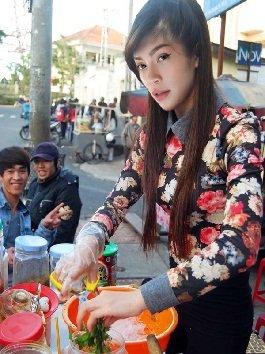 Chết ngất với bộ ảnh chế: sao Việt làm gì khi thất nghiệp?