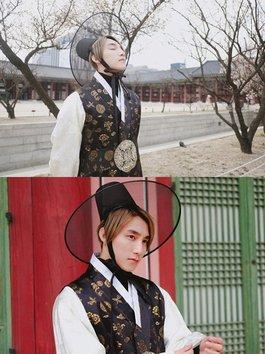 """Sơn Tùng """"lạc trôi"""" giữa Hàn Quốc trong trang phục hanbok"""