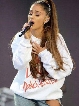 Hàng trăm cảnh sát và chó nghiệp vụ nhận lệnh bảo vệ concert của Ariana Grande ở Hong Kong