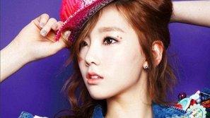 """iKON tiếp tục """"bại trận"""" trước đàn chị Taeyeon"""