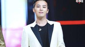 """G-Dragon vẫn là nam thần tượng """"bất khả chiến bại"""""""